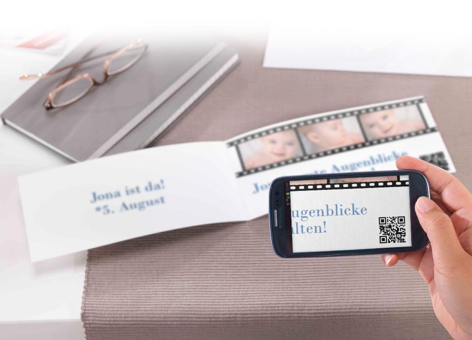 5. Video abspielen durch Scannen des QR-Codes mit einem Smartphone oder Tablet.